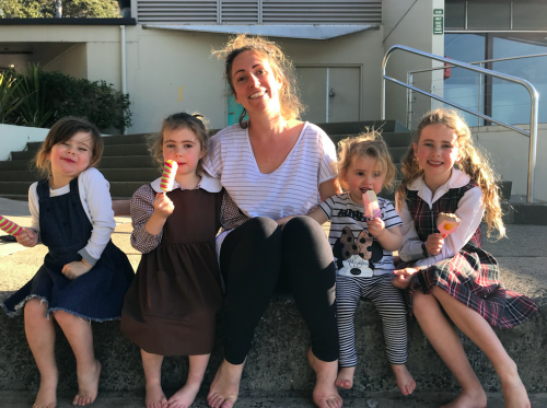 Elysia, her three girls and Evie Byrne eating ice creams at Balmoral beach