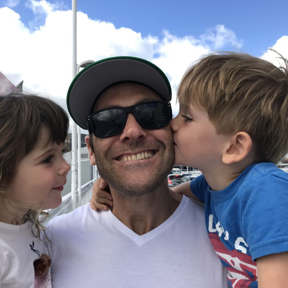 Noah and Evie saying goodbye to Daddy at airport